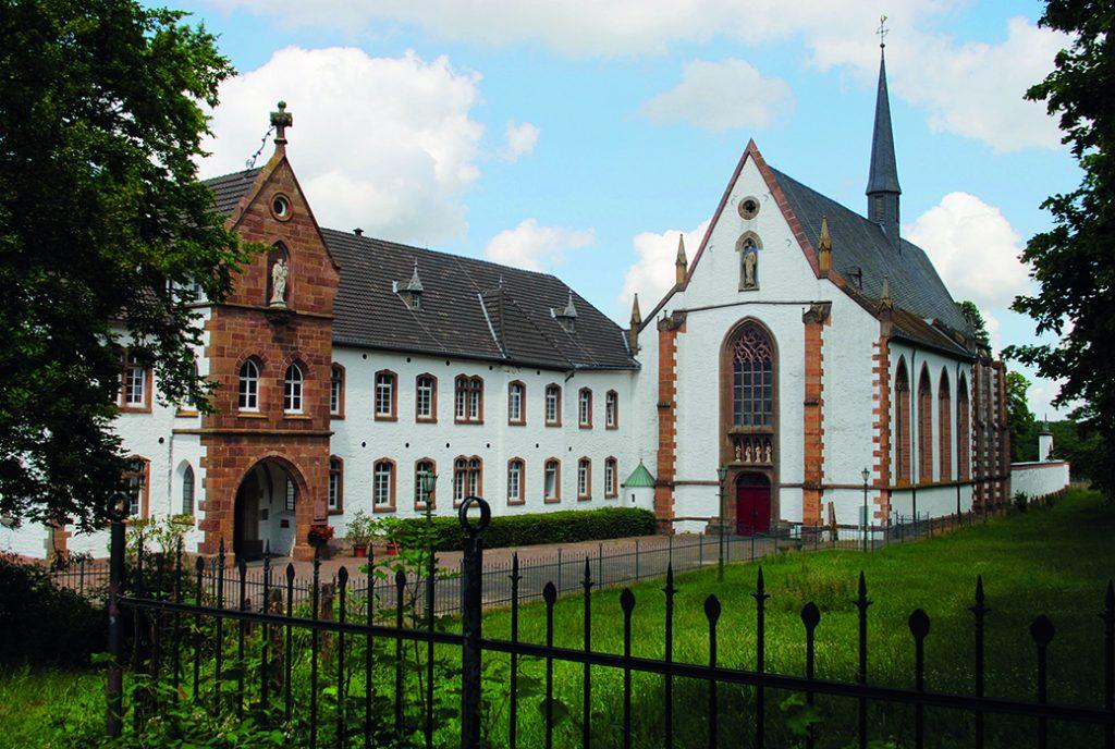 Sakralbau in der Eifel-Kloster Mariawald